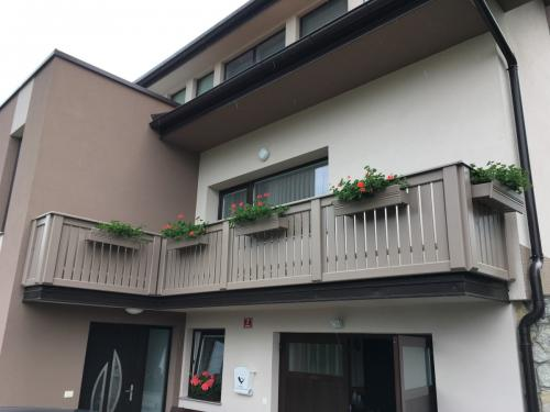 Balkonske ograje (moderni stil) (10)