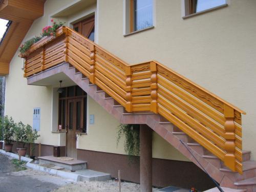 Stopnišne ograje  (10)