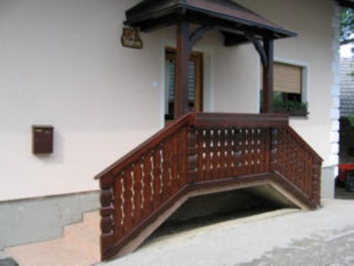Stopnišne ograje  (15)