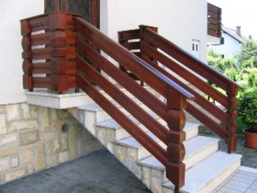 Stopnišne ograje  (17)
