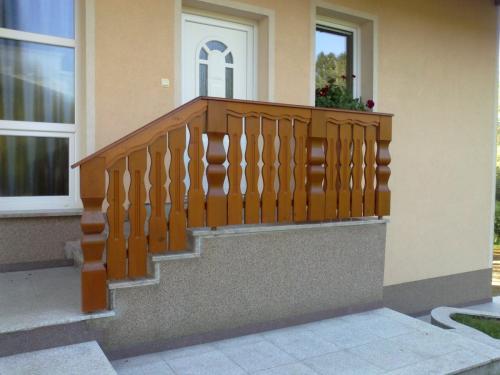 Stopnišne ograje  (8)